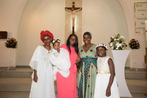 Cloe Batizado_Igreja e Festa_Njoi Fontes-104